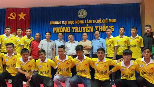 Bầu Đức hứa để Công Phượng, Tuấn Anh đá giao hữu với sinh viên ĐH Nông Lâm TP HCM - Ảnh 3.