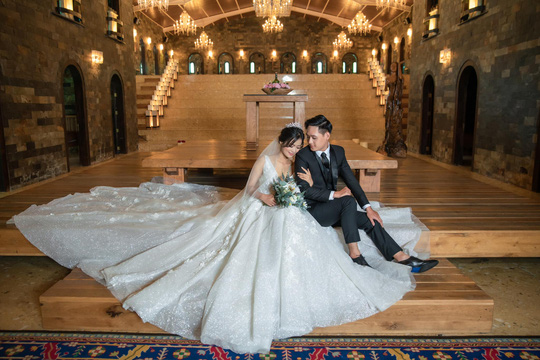 Tháng 10 - thời điểm tuyệt vời để các cặp đôi may đo vest cưới - Ảnh 2.