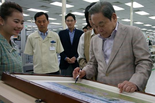 Samsung thời hậu Chủ tịch Lee Kun-hee - Ảnh 1.