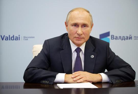 Ông Putin phản hồi chỉ trích của Tổng thống Trump về gia đình Biden - Ảnh 1.
