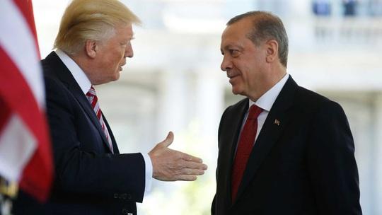 Tổng thống Thổ Nhĩ Kỳ đe Mỹ, tiếp tục chọc giận Pháp - Ảnh 1.