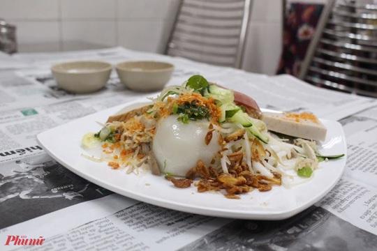 Những món ăn kèm nước cốt dừa lịm tim của người miền Tây ở TP HCM - Ảnh 7.