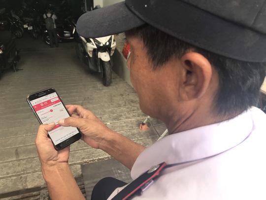 ATM Online đồng hành cùng bà con vùng lũ - Ảnh 1.