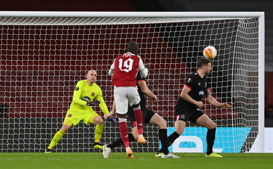 Leicester thắng dễ ở Hy Lạp, Arsenal đại phá láng giềng Dundalk - Ảnh 7.