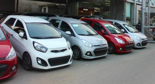 Thị trường ôtô cũ Hà Nội khan hàng - Ảnh 1.