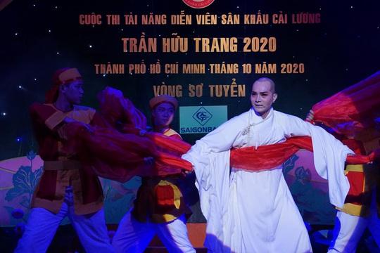 Đông nghệ sĩ ngôi sao chúc mừng diễn viên tranh tài Cuộc thi Trần Hữu Trang - Ảnh 12.