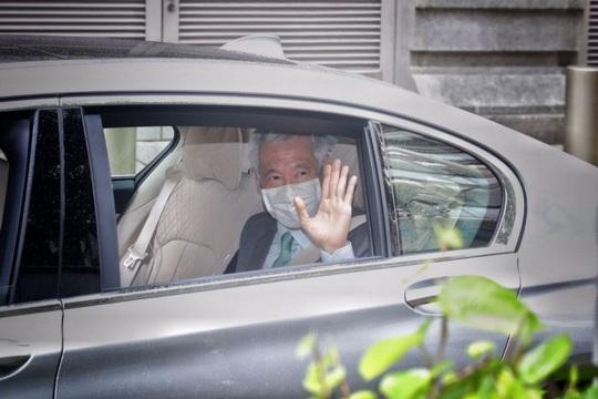 Thủ tướng Singapore đến tòa án kiện blogger chia sẻ thông tin sai sự thật - Ảnh 1.