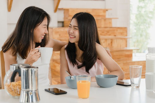 Hội các bà vợ mê nâng cấp món ăn - Ảnh 1.