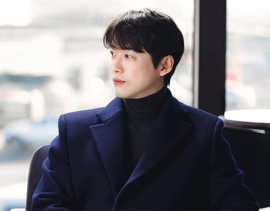 Won Bin và dàn tài tử trẻ lâu của showbiz Hàn - Ảnh 1.