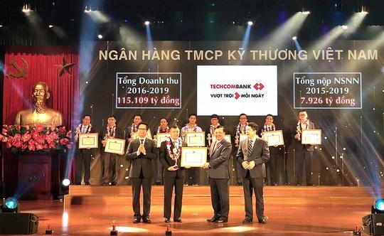 Techcombank được Bộ Tài chính vinh danh thành tích nộp thuế tiêu biểu, xuất sắc toàn quốc - Ảnh 1.