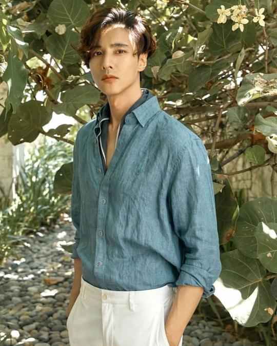 Won Bin và dàn tài tử trẻ lâu của showbiz Hàn - Ảnh 13.