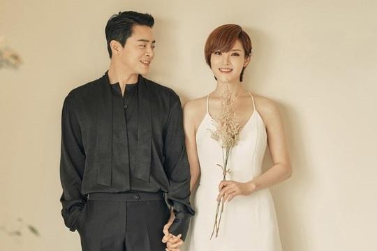 Won Bin và dàn tài tử trẻ lâu của showbiz Hàn - Ảnh 9.
