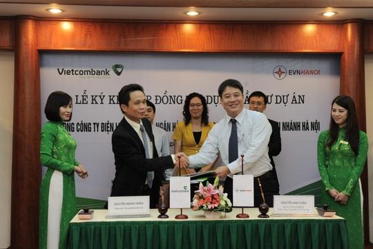 Vietcombank chi nhánh Hà Nội góp phần phát triển kinh tế thủ đô - Ảnh 1.