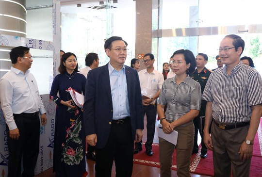 Bộ Chính trị lưu ý nhiều vấn đề với Hà Nội - Ảnh 1.