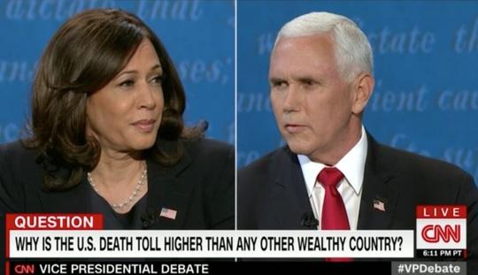 Twitter sôi sục vì khuôn mặt bà Harris, ruồi đậu trên tóc ông Pence - Ảnh 3.
