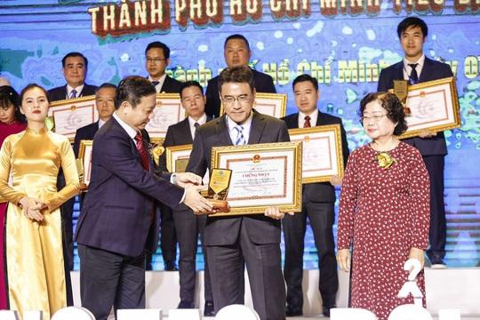 """Vietravel đạt danh hiệu """"Doanh nghiệp, Doanh nhân TP HCM tiêu biểu năm 2020"""" - Ảnh 2."""