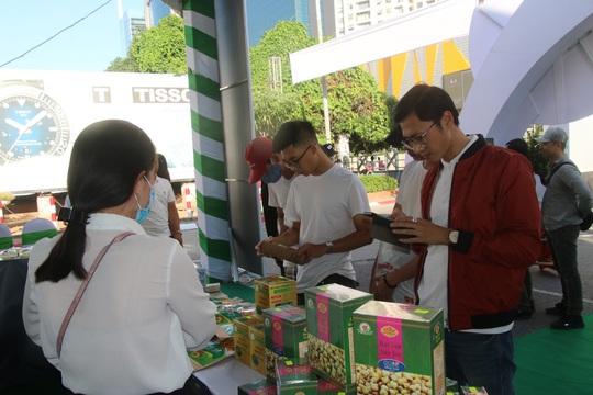 Lãnh đạo Đồng Tháp mang đặc sản tỉnh nhà giới thiệu người tiêu dùng Thủ đô - Ảnh 9.