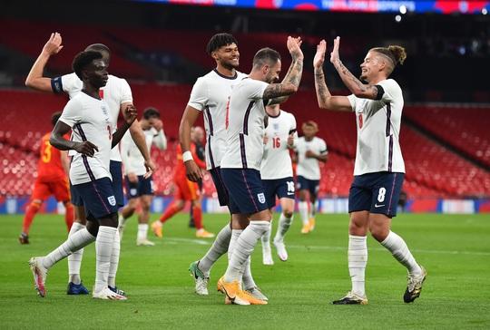 Chốt danh sách dự Euro 2020: Tuyển Anh gây bất ngờ với Lingard, Alexander-Arnold - Ảnh 2.