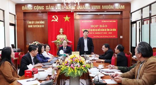 Lâm Đồng không nhận hoa chúc mừng trong Đại hội Đảng bộ lần thứ XI - Ảnh 1.