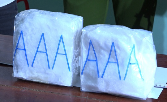Bắt nhóm người đi taxi vận chuyển 2kg ma túy đá từ Nghệ An vào Đà Nẵng - Ảnh 4.