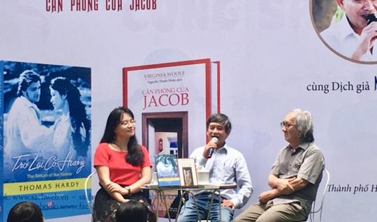 Tiễn đưa dịch giả Nguyễn Thành Nhân về nơi an nghỉ cuối cùng - Ảnh 3.