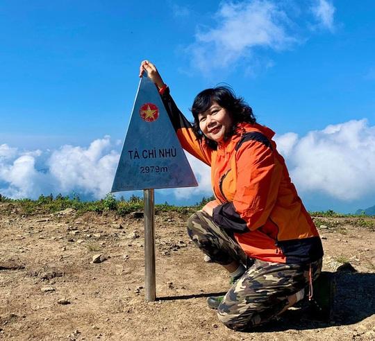 Nữ phượt thủ U60 đặt chân đến 62 tỉnh - thành, leo 26km núi đầy ngoạn mục - Ảnh 6.