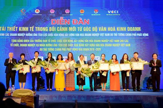 Viettel được vinh danh xuất sắc trong xây dựng và thực hành văn hóa doanh nghiệp - Ảnh 3.