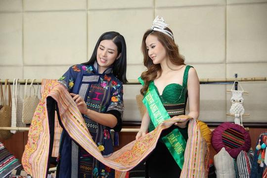 Đắk Nông tổ chức lễ hội văn hóa thổ cẩm Việt Nam lần 2 - Ảnh 1.