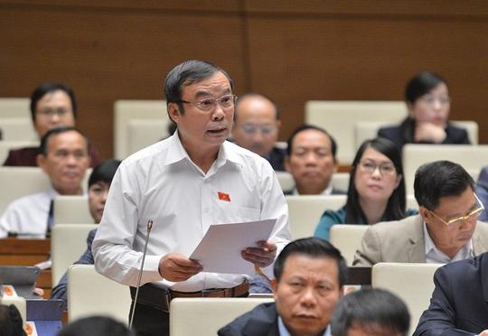 Nhiều đại biểu Quốc hội không đồng tình tách Luật Giao thông đường bộ, đề nghị lấy ý kiến - Ảnh 3.