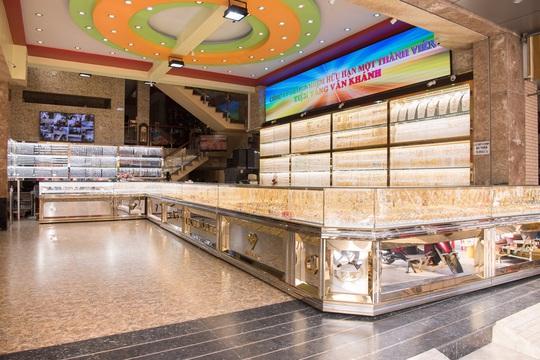 Tiệm vàng Vân Khánh, chất lượng, uy tín là tiêu chí hàng đầu trong kinh doanh - Ảnh 1.