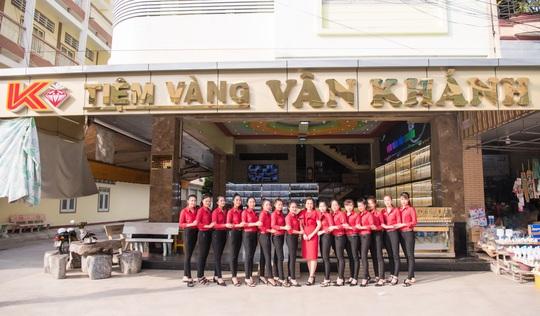 Tiệm vàng Vân Khánh, chất lượng, uy tín là tiêu chí hàng đầu trong kinh doanh - Ảnh 2.