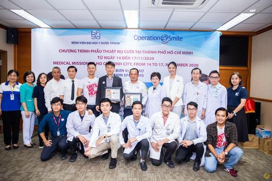 Điện Máy Xanh và LG trao 1,5 tỉ đồng cho Operation Smile, mang nụ cười trọn vẹn cho trẻ em hở hàm ếch - Ảnh 1.
