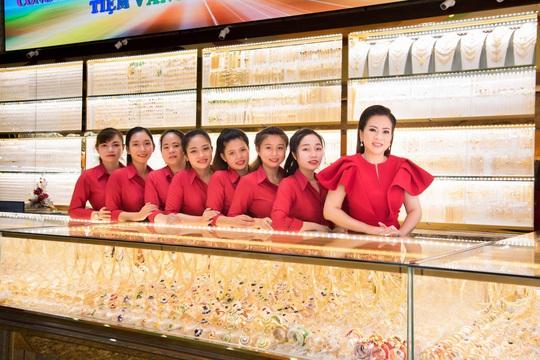 Tiệm vàng Vân Khánh, chất lượng, uy tín là tiêu chí hàng đầu trong kinh doanh - Ảnh 3.