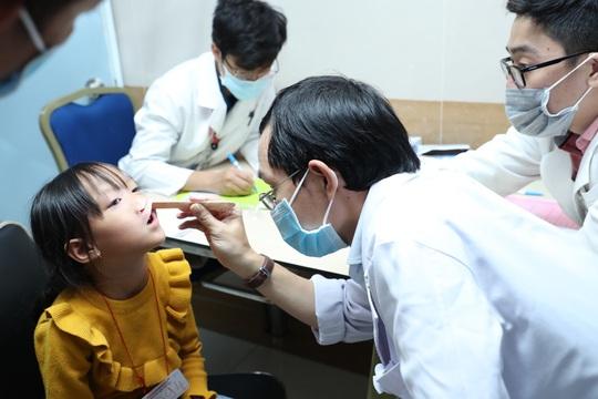 170 trẻ em dị tật hàm mặt tìm lại được nụ cười - Ảnh 3.