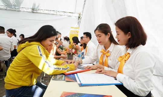 Nhiều vị trí tuyển dụng hấp dẫn từ ngày hội việc làm tại Phú Quốc - Ảnh 3.