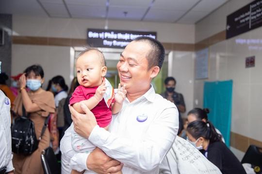 Điện Máy Xanh và LG trao 1,5 tỉ đồng cho Operation Smile, mang nụ cười trọn vẹn cho trẻ em hở hàm ếch - Ảnh 4.