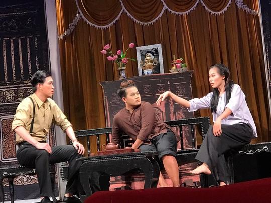 Danh hài Hữu Nghĩa khoái diễn viên trẻ chịu viết kịch bản - Ảnh 5.