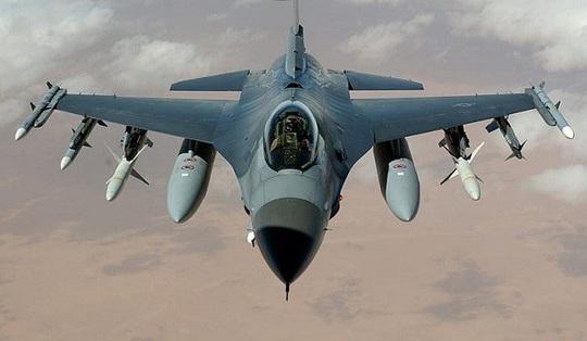 Đài Loan cho toàn bộ 150 chiếc F-16 mua của Mỹ ngừng hoạt động - Ảnh 1.
