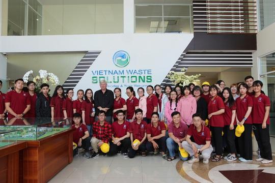 Sinh viên Đại học Nguyễn Tất Thành tham quan và tìm hiểu quy trình vận hành, xử lý chất thải của VWS - Ảnh 4.