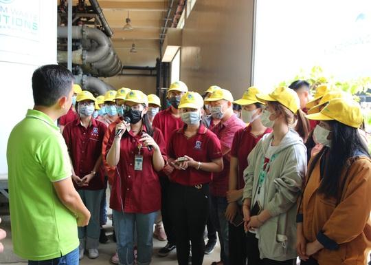 Sinh viên Đại học Nguyễn Tất Thành tham quan và tìm hiểu quy trình vận hành, xử lý chất thải của VWS - Ảnh 3.