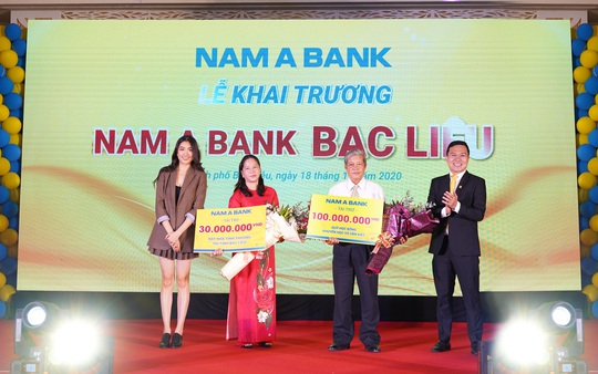 Nam A Bank triển khai nhiều hoạt động ý nghĩa nhân dịp khai trương Chi nhánh Bạc Liêu - Ảnh 2.
