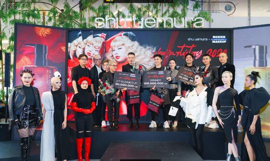 Lê Lạc Chấn xuất sắc giành ngôi quán quân cuộc thi Shu Artistry - Ảnh 1.