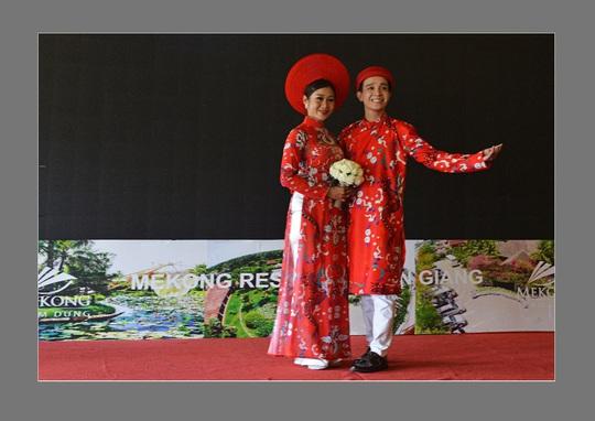 Giữ gìn truyền thống văn hóa áo dài Việt qua các đường tour - Ảnh 3.