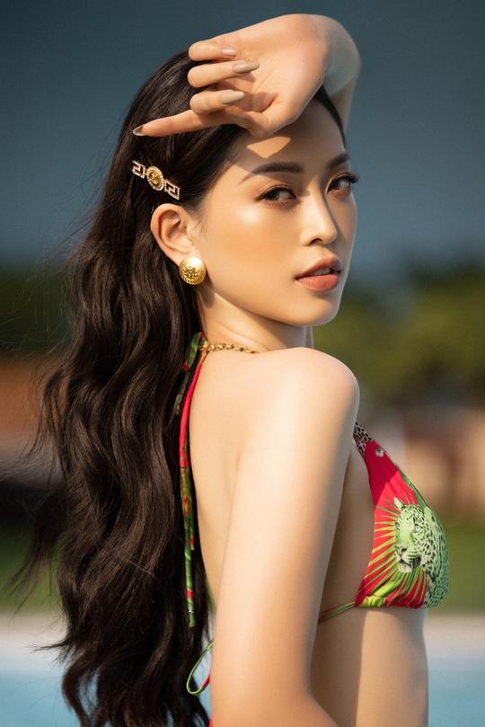 Bộ ảnh bikini nóng bỏng của bộ 3 hoa hậu trước khi trao lại vương miện - Ảnh 10.