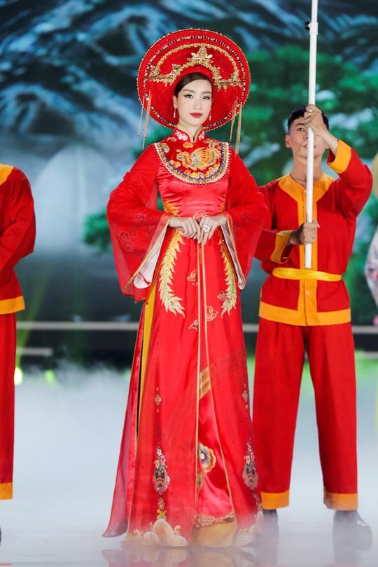 Người đẹp Đỗ Thị Hà đăng quang Hoa hậu Việt Nam 2020 - Ảnh 4.