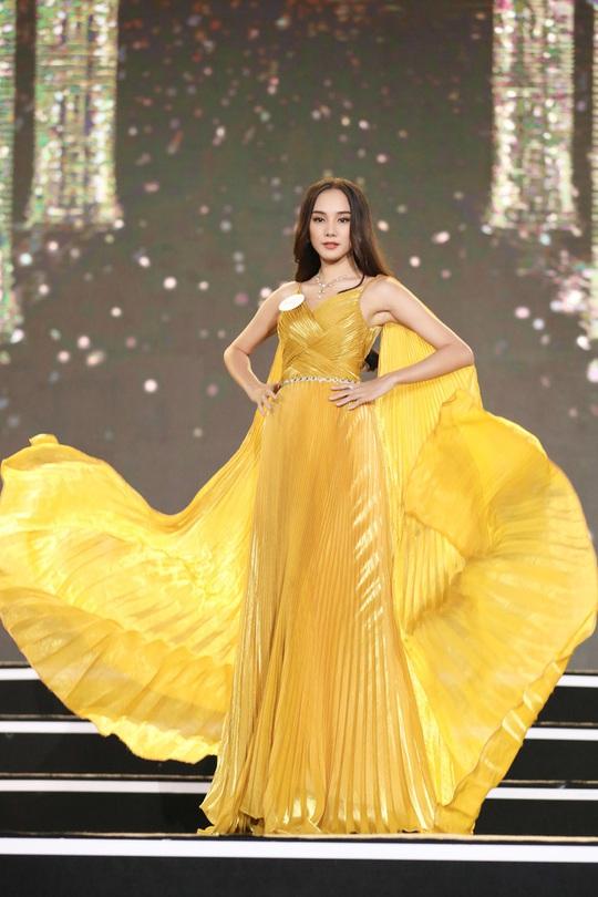 Cận cảnh ứng viên Hoa hậu Việt Nam 2020 - Ảnh 16.