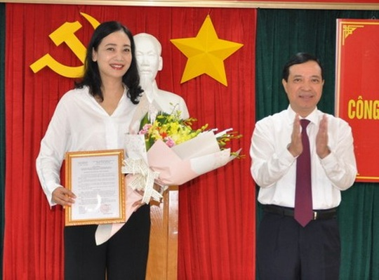 Thanh Hóa trao quyết định về công tác cán bộ cho 17 lãnh đạo chủ chốt - Ảnh 3.