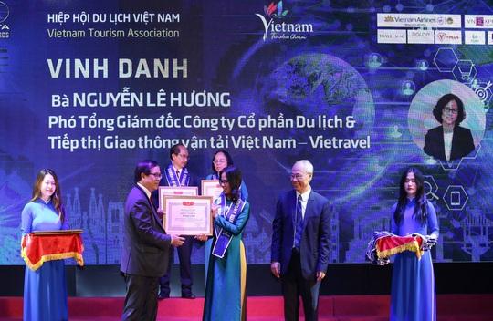 Vietravel nhận 4 giải thưởng quan trọng trong khuôn khổ Hội chợ du lịch VITM 2020 - Ảnh 2.
