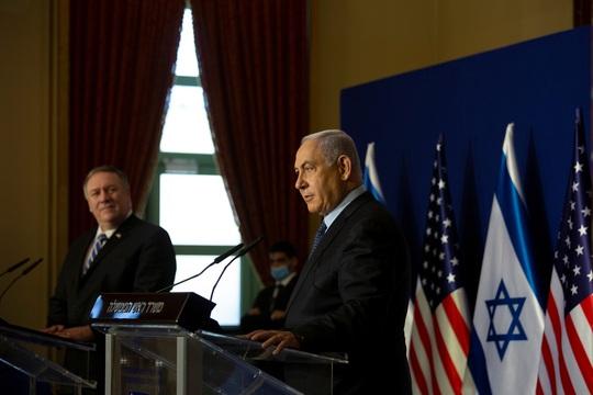Dàn xếp cuộc gặp Israel - Ả Rập Saudi, Tổng thống Trump muốn khóa tay ông Biden - Ảnh 2.