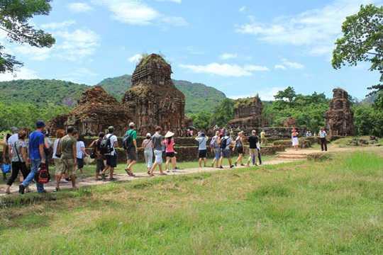 Liên kết phát triển du lịch TP HCM, Hà Nội và vùng kinh tế trọng điểm miền Trung: Kết nối tinh hoa du lịch - Ảnh 1.